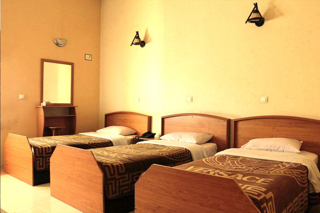 Homam Hotel near Soffeh Mountain