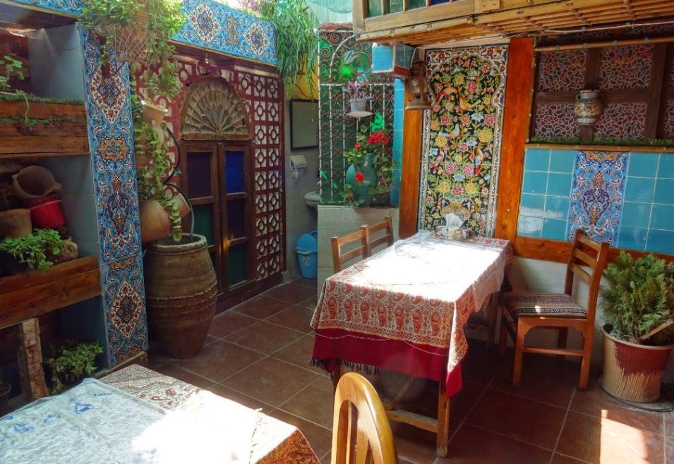Saraye Mehr Traditional Restaurant near Shah Cheragh