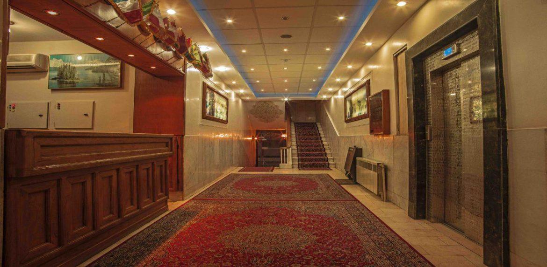 Sasan Hotel near Shapouri Mansion