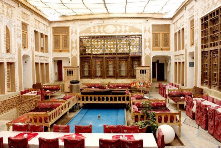 Malek-o Tojjar Traditional Hotel near Yazd Khan Complex