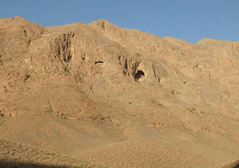 Shegeft Yazdan Cave (ashkaft)