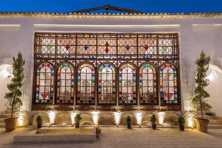 Ghasre Monshi Hotel
