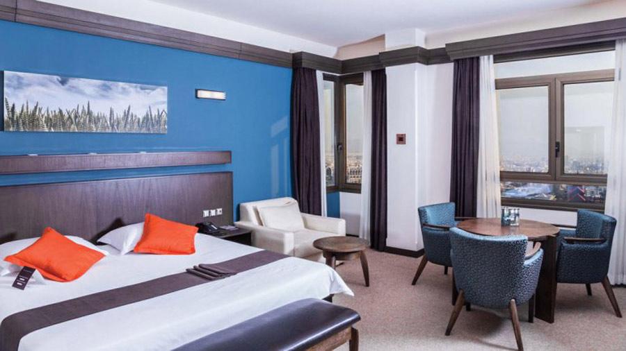 Eskan Alvand Hotel