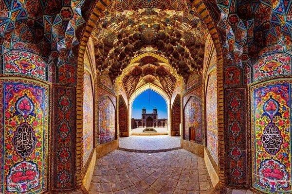 Nasir Ol-Molk Mosque