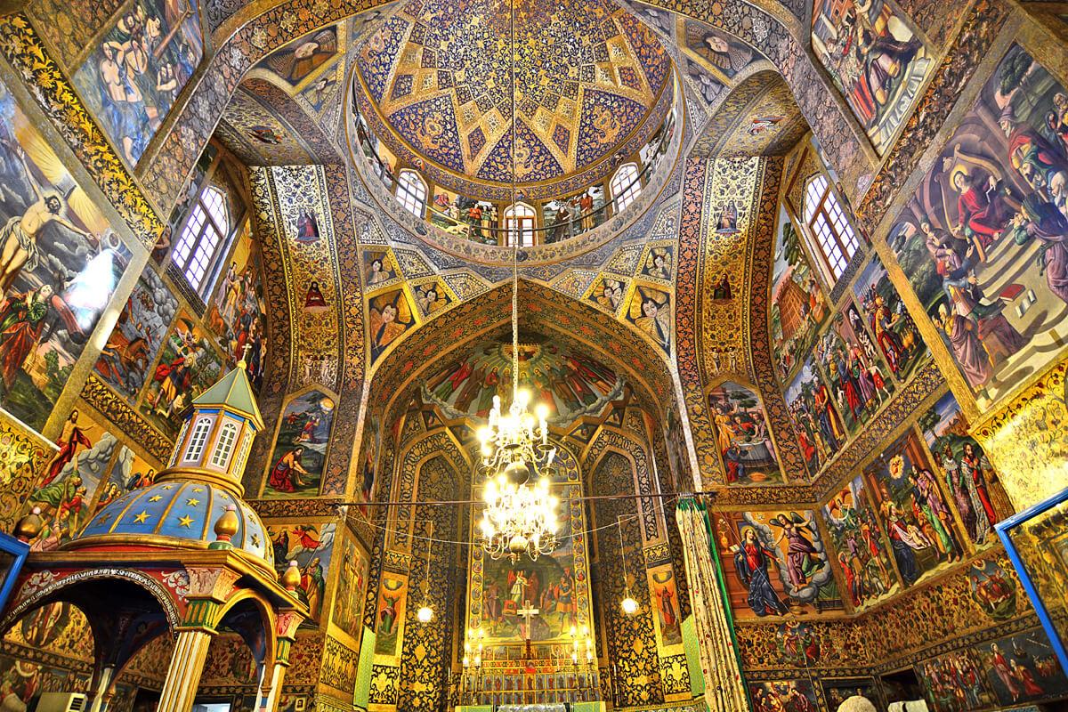vank-cathedral-isfahan-iran-tour